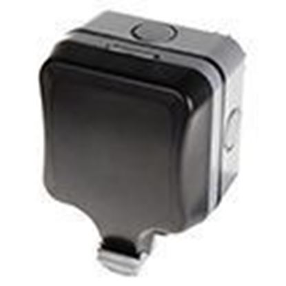 Single switched WP21 13A outdoor socket