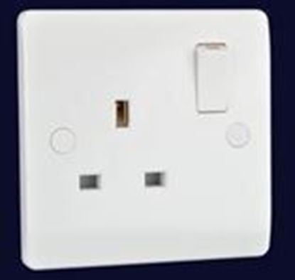 Electrical Planet EP1GSS White 1 Gang Switched Socket