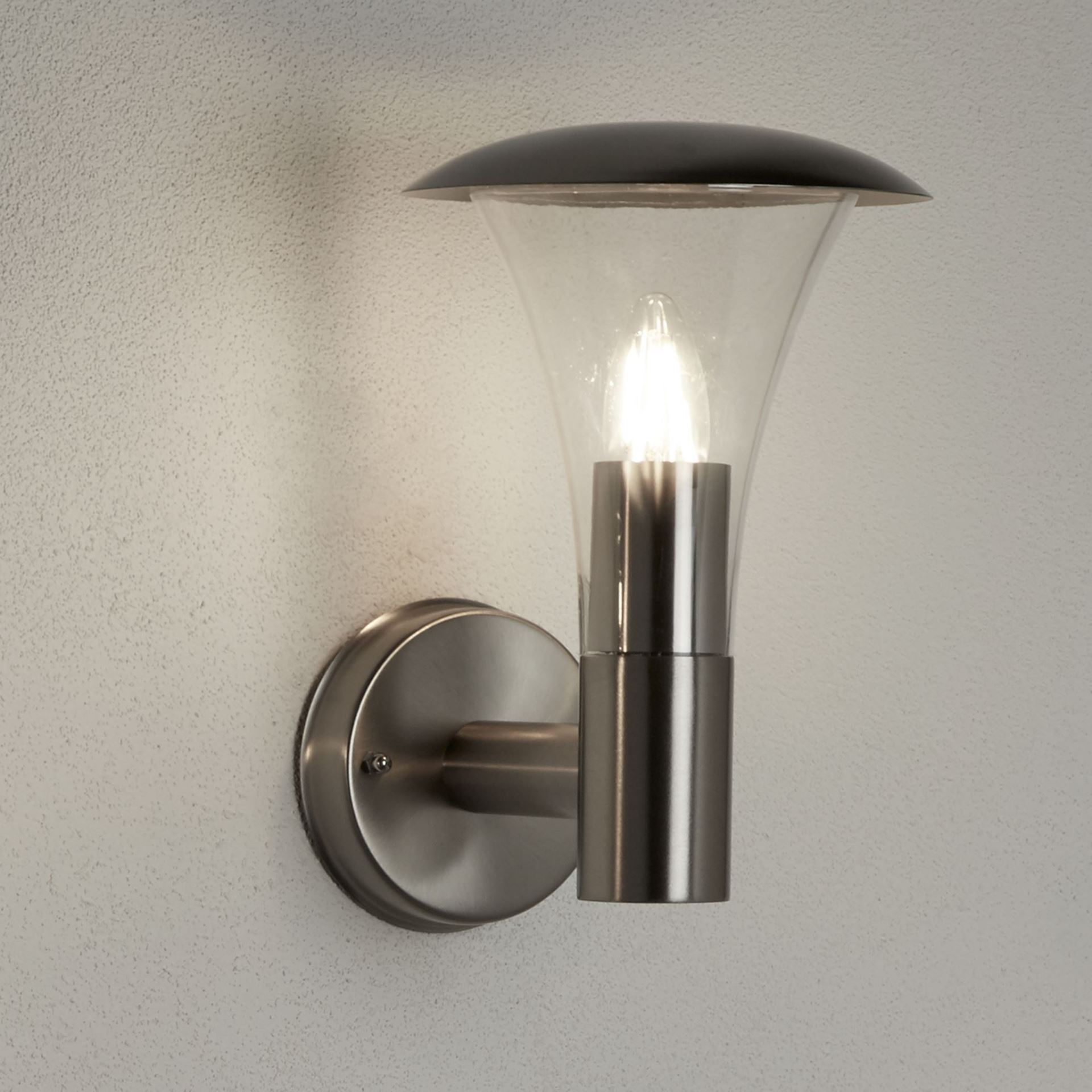 STRAND IP44 STAINLESS STEEL OUTDOOR WALL LIGHT WITH CLEAR POLYCARBONATE DIFFUSER 096